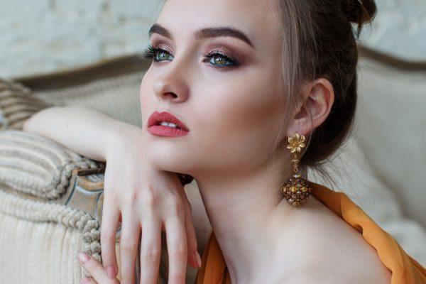 costume earrings wholesale